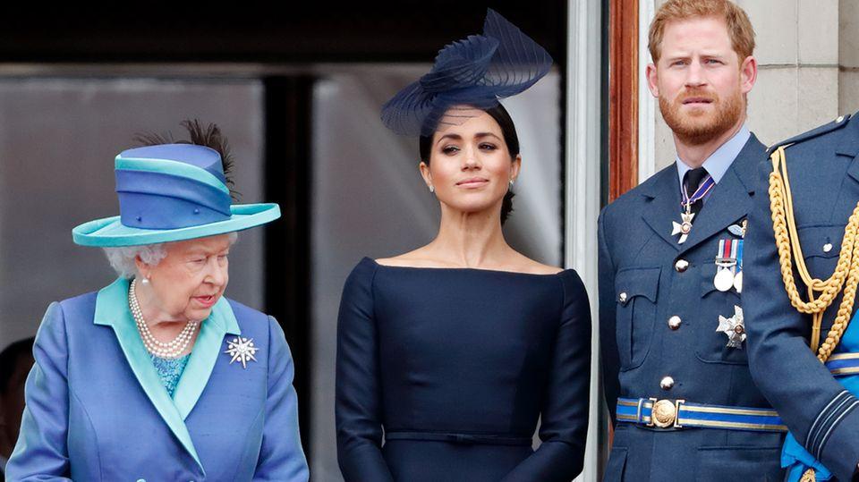 Queen wurde von Harry und Meghan manipuliert und ausgenutzt