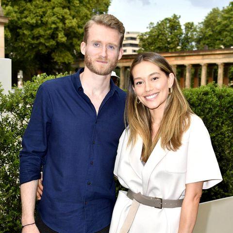 André Schürrle und Ehefrau Anna Sharypova