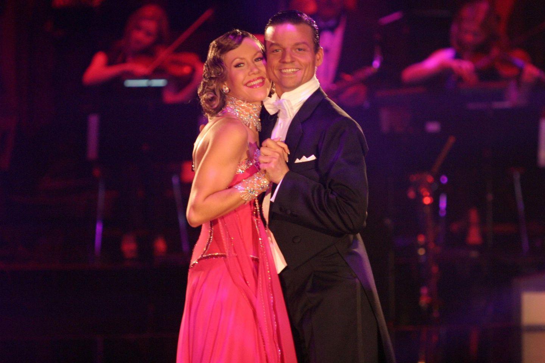 """Wolke Hegenbarth und Oliver Seefeld während der ersten """"Let's Dance""""-Staffel 2006."""