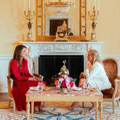 20. Juli 2021  Hier kommen zwei starke Frauen zusammen! Im Weissen Haus empfängt Jill Biden royalen Besuch aus Jordanien. Königin Rania ist zu Besuch in den USA und freut sich über den Austausch mit der First Lady in Washington D.C..