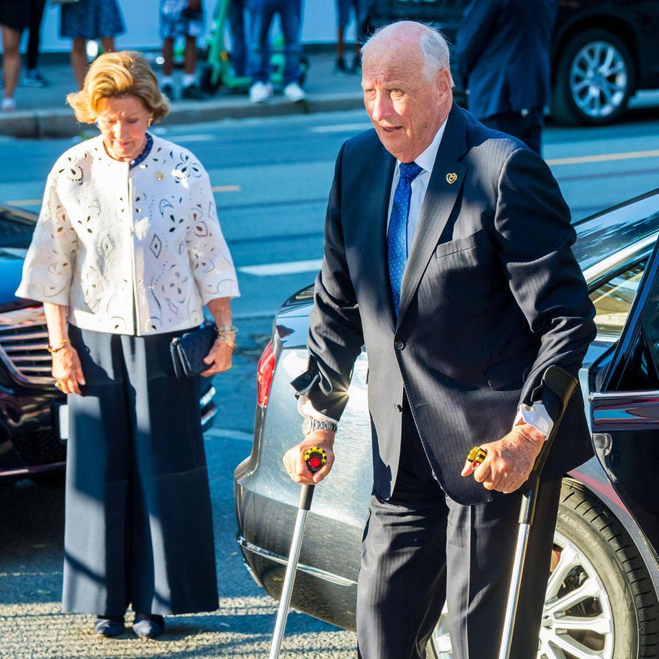 König Harald und Königin Sonja besuchen am 22. Juli 2021 einenationaleGedenkveranstaltung in der Arena Oslo Spektrum anlässlich des 10. Jahrestages der Anschläge in Norwegen am 22. Juli 2011.