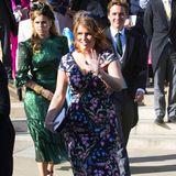Sommerliche Hochzeiten erfordern sommerliche Eleganz: Prinzessin Beatrice bekommt das mit ihrem floralen Dress für die Hochzeit von Sängerin Ellie Goulding sehr gut hin.