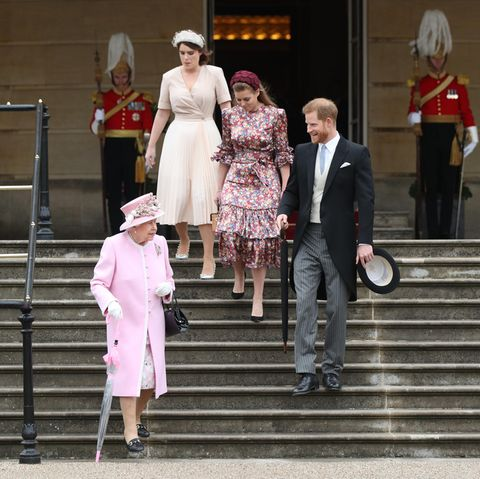 Queen Elizabeth, Prinzessin Eugenie, Prinzessin Beatrice und Prinz Harry.