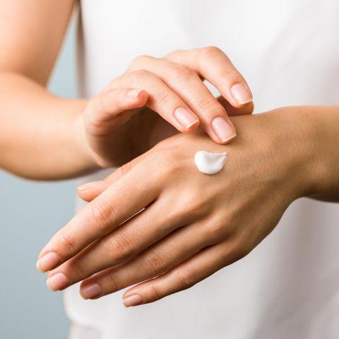 Handpflege : 5 Tricks, mit denen Ihre Hände jünger aussehen