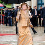 Angela Merkel in Bayreuth auf dem roten Teppich.