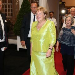 Angela Merkel auf dem roten Teppich.
