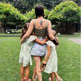 Auch wenn Aurora Ramazzotti schon einige Jahre älter ist als ihre Sole und Celeste, sind die drei bezaubernden Töchter von Michelle Hunziker ein tolles Team.