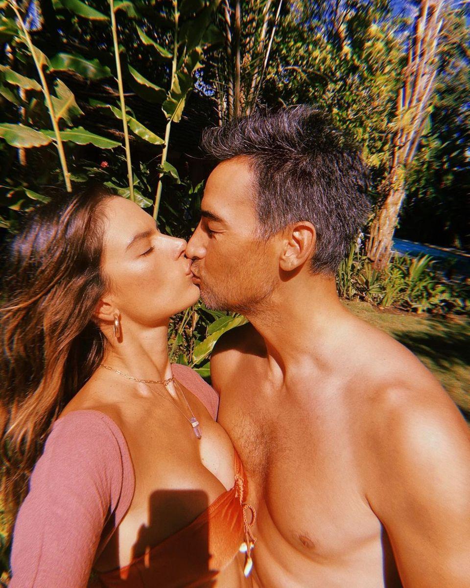 Alessandra Ambrosio knutscht mit ihrem Freund Richard Lee
