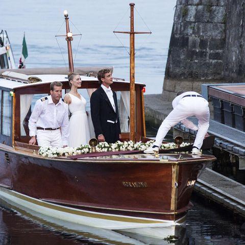 Vor sechs Jahren am 1. August 2015 landeten Beatrice Borromeo und Pierre Casiraghi im Hafen der Ehe. GALA zeigt Ihnen die Bilder der royalen Traumhochzeit im Rückblick.
