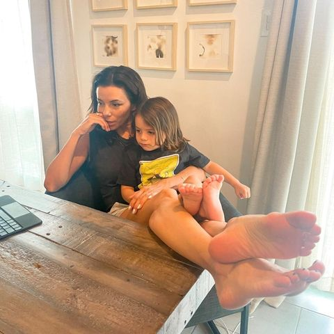 Sprösslinge: Eva Longoria postet süßes Foto mit Sohn Santiago