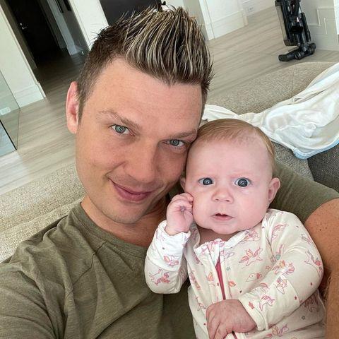 Daddy Cool: Nick Carter kuschelt mit Tochter Pearl