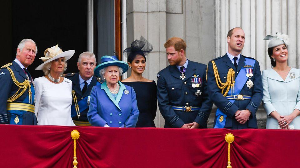 Auf dem Balkon des Buckingham Palast
