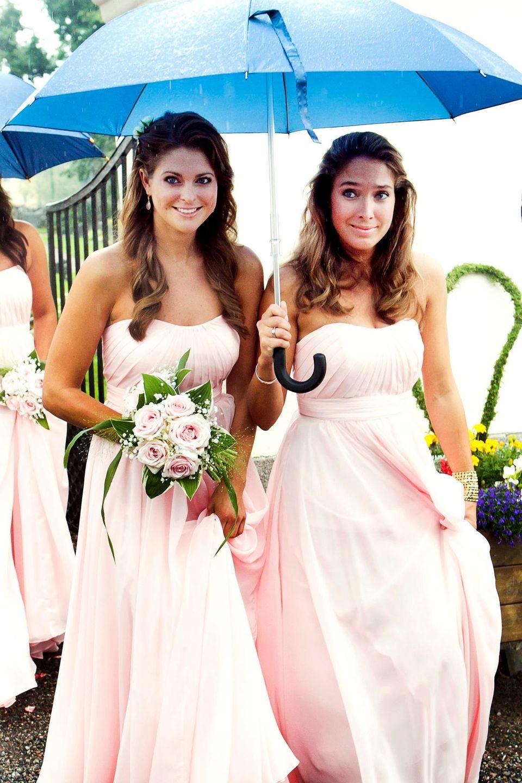 Prinzessin Madeleine und Louise Thott (geborene Gottlieb) als Brautjungfern auf einer Hochzeit vor zehn Jahren.