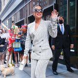 Lady Gaga verlässt ihr Hotel in New York