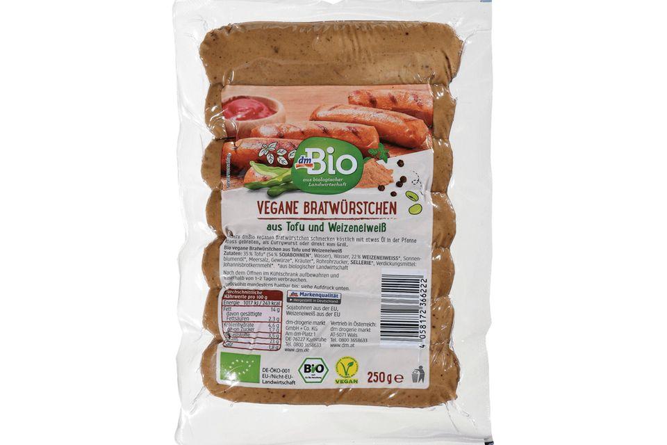 Vegane Bratwürstchen aus Tofu und Weizeneiweiß von dmBio