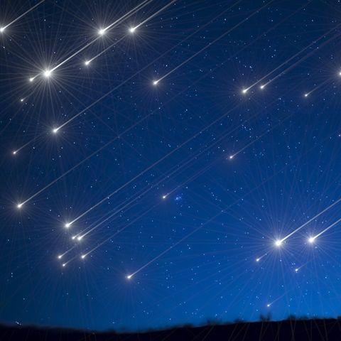 Am Himmel regelt es Sternschnuppen