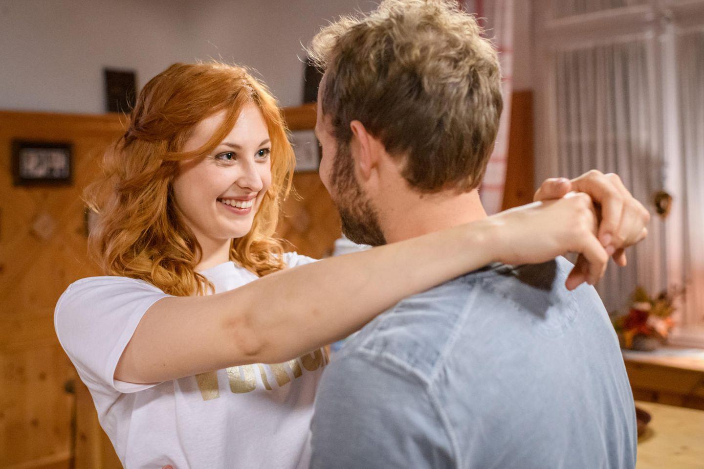 """""""Sturm der Liebe"""": Constanze (Sophia Schiller) und Florian (Arne Löber)"""