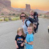 Beverley Mitchell mit ihren Kindern im Arches-Nationalpark