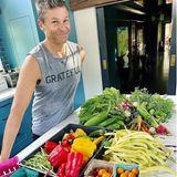 David Burtka mit Gemüse