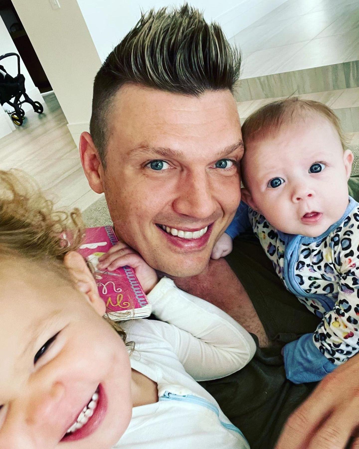 Nick Carter mit seinen Kindern