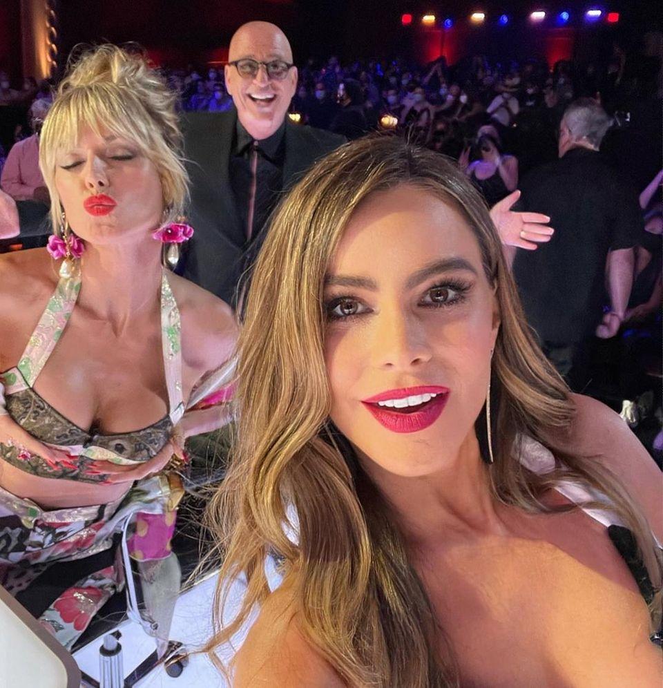 Gezwitscher: Sofia Vergara und Heidi Klum bei America´s got Talent