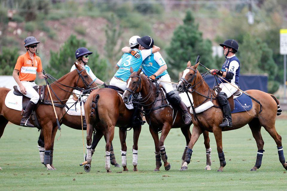 Windsor RTK: Prinz Harry und sein Team gewinnen das Polo-Spiel