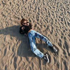 Stefanie Giesinger am Strand