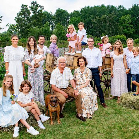 Familienfoto der schwedischen Royals auf Schloss Solliden in Borgholm
