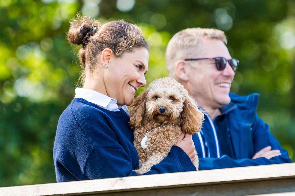 Schweden Royals: Prinzessin Victoria und Hund Rio