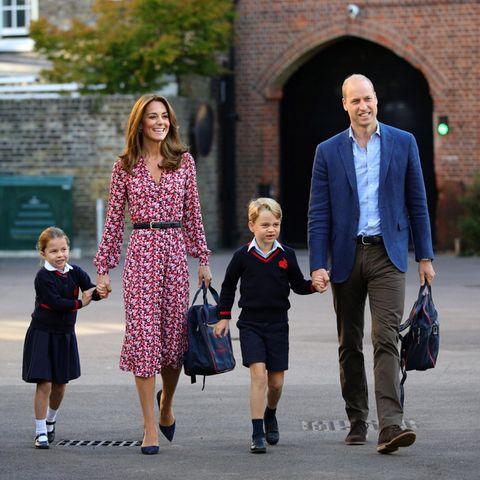 Herzogin Catherine und Prinz William begleiteten Prinzessin Charlotte und Prinz George 2019 zu ihrem ersten Schultag nach den Sommerferien.
