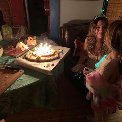 Rachel Bilson feiert ihren 40. Geburtstag