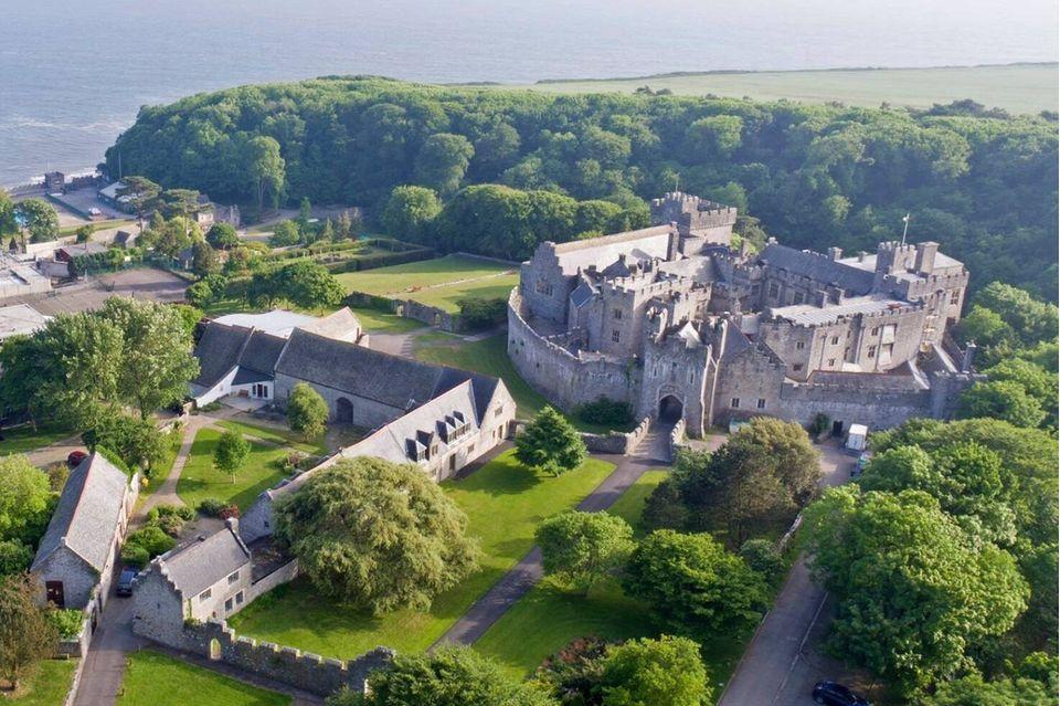 Das Herzstück des UWC Atlantic in Wales ist das St. Donat's Castle.