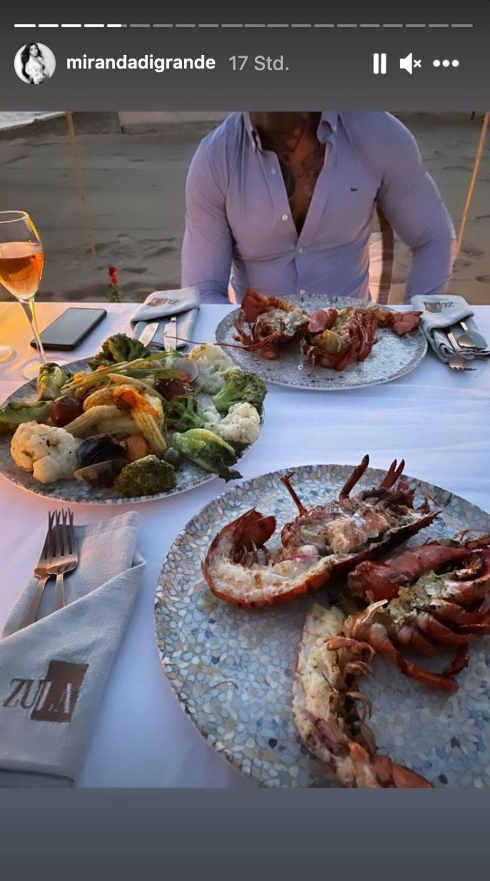 Nathalie Volk beim romantischen Dinner mit ihrem Verlobten