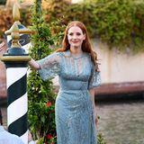Jessica Chastain bringt mit diesem Traumlook von Elie Saab noch mehr Glamour nach Venedig.