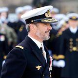 RTK: Prinz Frederik bei der Parade zum Flaggentag in Uniform