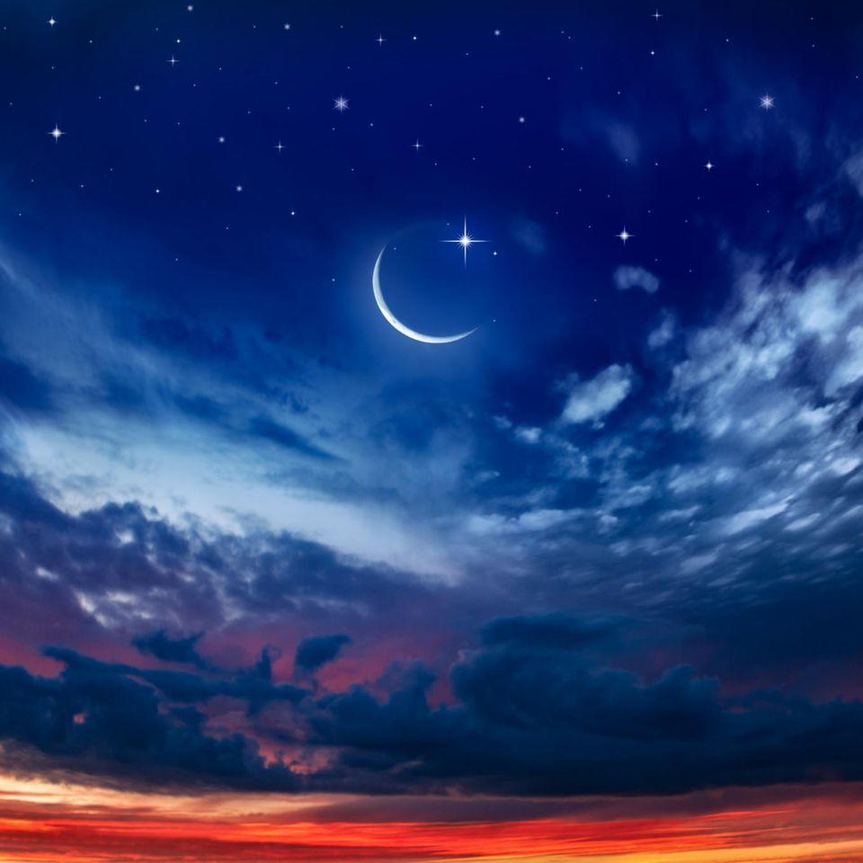 Horoskop ab 7.9.2021: Neumond vor Sternenhimmel