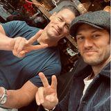 Gezwitscher: Alex Pettyfer teilt Fanboy-Selfie mit John Cena