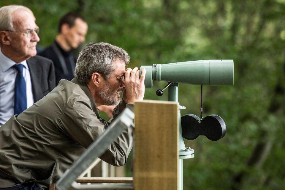 RTK: Prinz Frederik behält Durchblick bei Besichtigung des Windparks