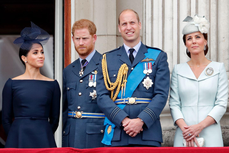 Herzogin Meghan. Prinz Harry, Prinz William und Herzogin Catherine