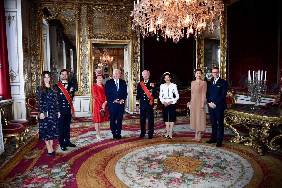 Schweden Royals: Bundespräsident Steinmeier mit der schwedischen Königsfamilie im Schloss
