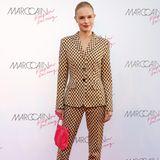 Großen Hollywood-Flair gibt es in Berlin bei der Marc-Cain-Show. Kate Bosworth gibt sich die Ehre und posiert in einem stylischen Hosenanzug von Marc Cain für die Kameras.