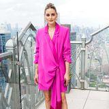 Olivia Palermo posiert auf der New York Fashion Week für die Fotografen.