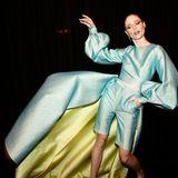 Coco Rocha posiert auf der New York Fashion Week für die Fotografen.