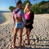 Stars am Strand: Rebel Wilson posiert mit einem Freund am Strand