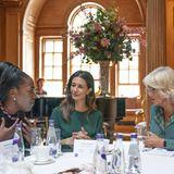 Windsor RTK: Herzogin Camilla im Gespräch mit Frauen