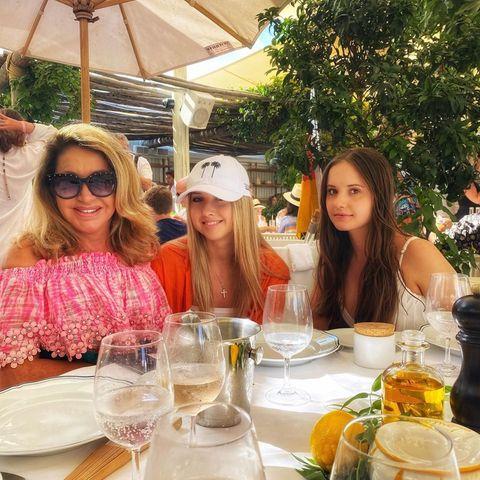 Carmen Geiss mit ihren Töchtern Shania und Davina