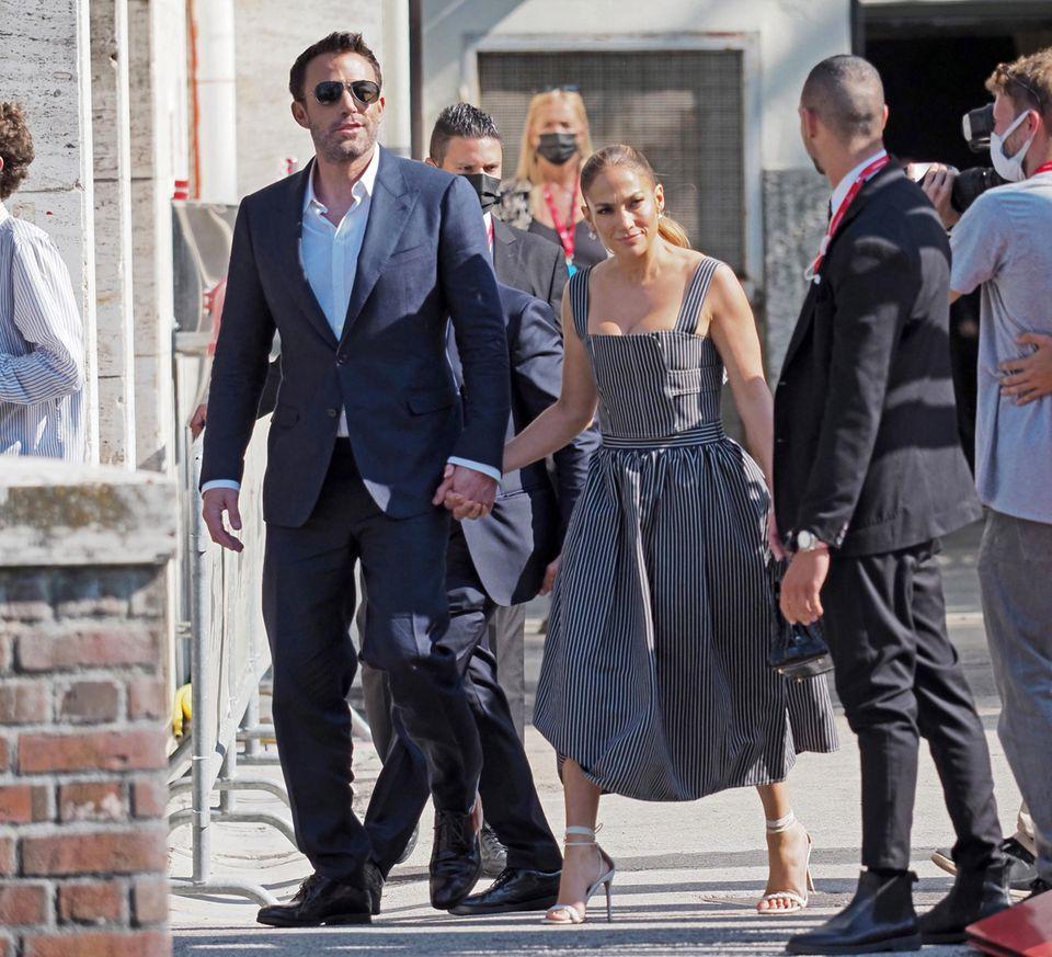 Ben Affleck und Jennifer Lopez: Romantische Küsse auf dem
