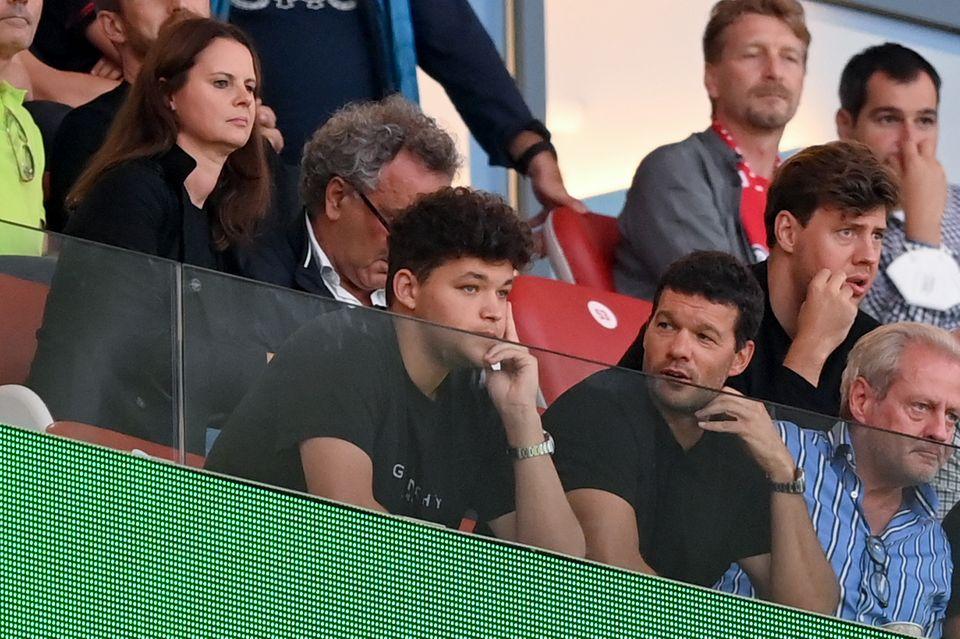 Louis und Michael Ballack besuchten am Samstagabend (11. September 2021) das Bundesligaspiel des FC Bayern