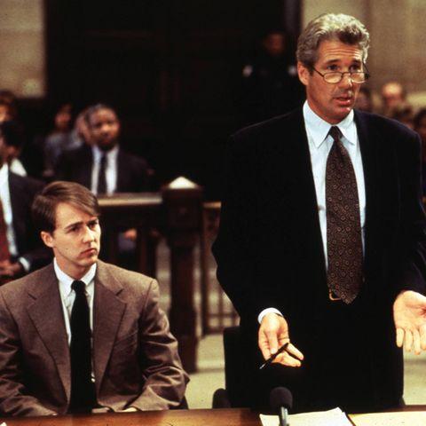Aaron Stampler (Edward Norton) setzt sein Vertrauen in Anwalt Martin Vail (Richard Gere)