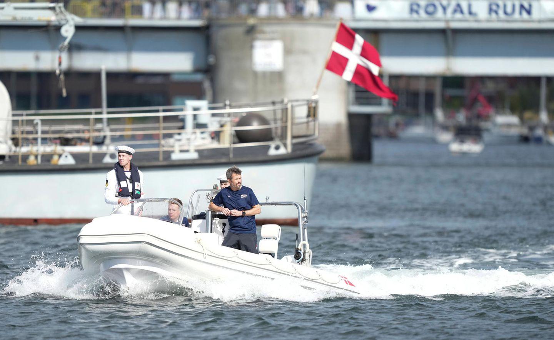 Royal Run 2021: Ankunft von Prinz Frederik mit dem Boot